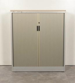 Roldeurkast, aluminium/grijs, 137 x 120 cm, incl. 2 legborden (met nieuw topblad) *ster 2*