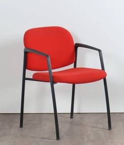 320 vergaderstoel, 4-poots model, rood gestoffeerd
