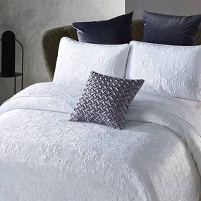 DreamHouse Bedding Bedsprei - Velvet Clara - Wit 180 x 250 cm