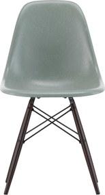 Vitra Eames DSW Fiberglass stoel esdoorn donker sea foam green