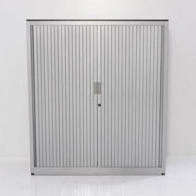 Roldeurkast, aluminium, 136.5 x 120 cm, incl. 2 legborden *ster 2* ( metale lamel )